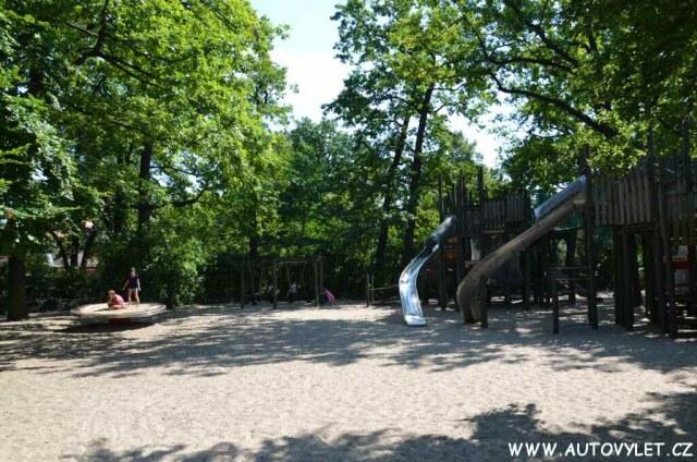 Dětské hřiště - Zoo Berlin