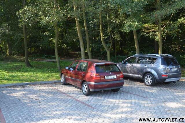 Parkování - 3d bludiště Osek