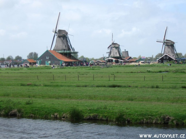 Větrné mlýny - Volendam Zaanse Schans Holandsko