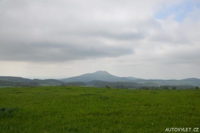 Víťova rozhledna u obce Verneřice 4