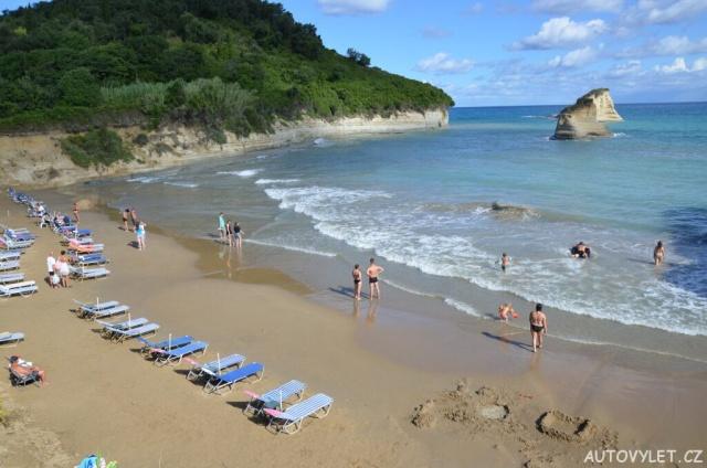 Apotripiti beach - pláž u hotelu Summertime na Korfu