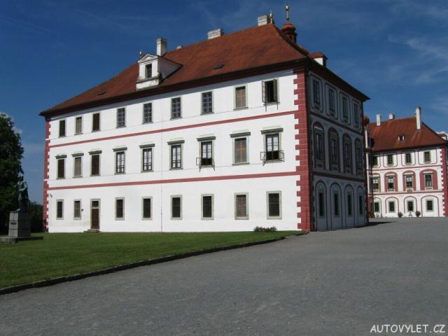 Státní zámek Mnichovo Hradiště 1