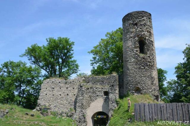 Zřícenina hradu Kostomlaty pod Milešovkou 28