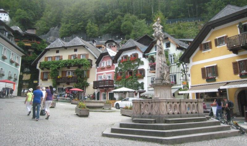 Hallstatt Rakousko - historické náměstí