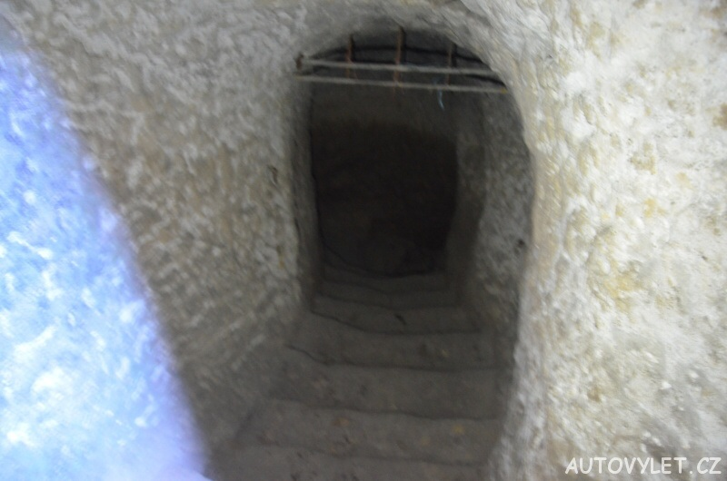 Klemperka skalní jeskyně 7