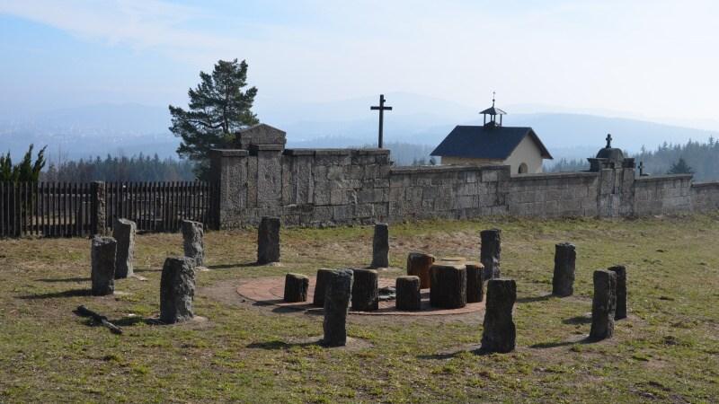 Kamenný kruh - Milíře u Liberce