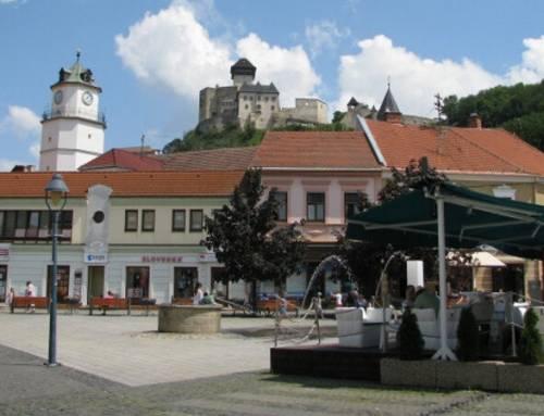 Trenčínský hrad i město Trenčín na Slovensku si také nenechte ujít
