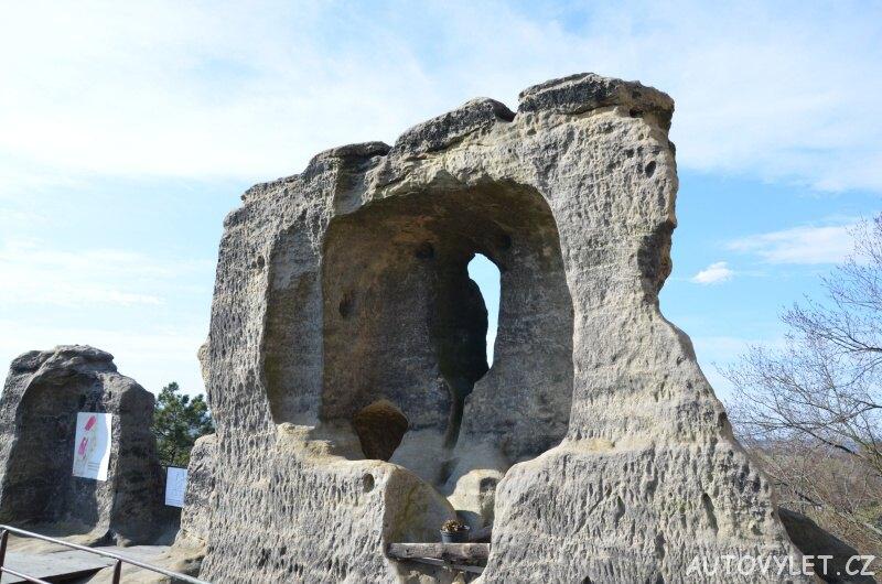 Valečov - zřícenina skalního hradu 3