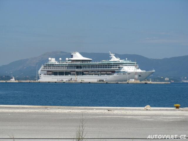 Zaoceánská loď - Kerkyra Řecko Korfu