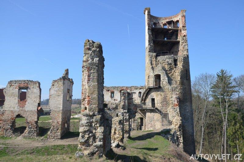 Zvířetice - zřícenina hradu 2