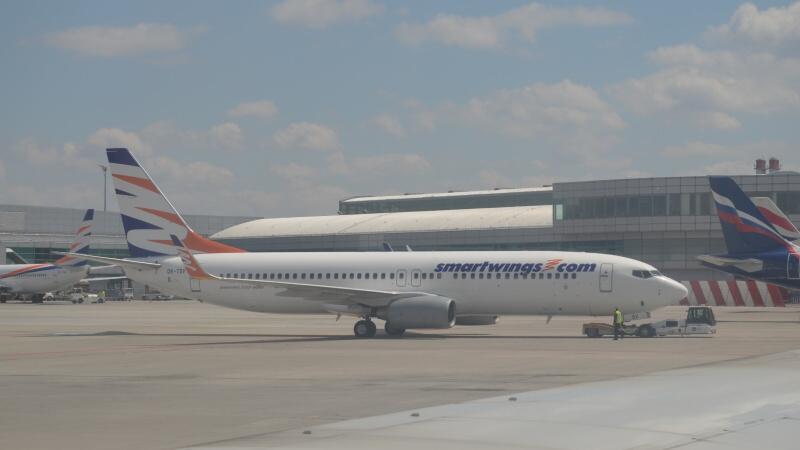 Letadlo Smart Wings - letiště Václava Havla Praha