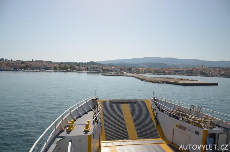 Lixouri Kefalonia Řecko - z trajektu