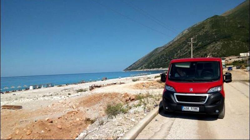 Albánie autem