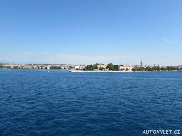 Pohled na Zadar z trajektu