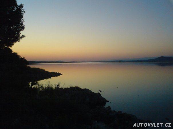 Vranské jezero - Pakoštane Chorvatsko