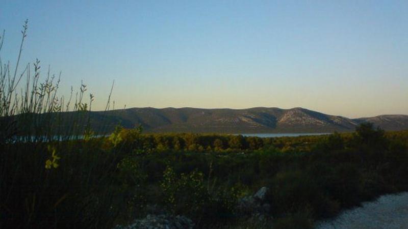 Vranské jezero ve dne - Pakoštane Chorvatsko