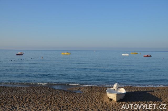 Pláž - Gardenia beach hotel Turecko