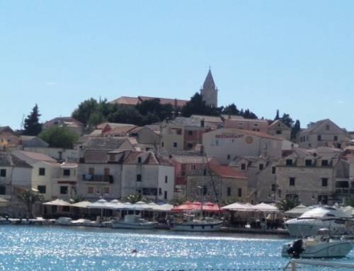 Primošten v Chorvatsku a jeho okolí