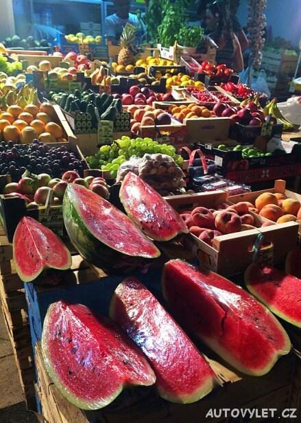 Trh s ovocem - Primošten Chorvatsko