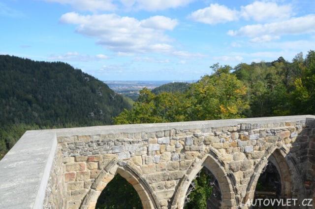 Výhled z rozhledny hradu Oybin
