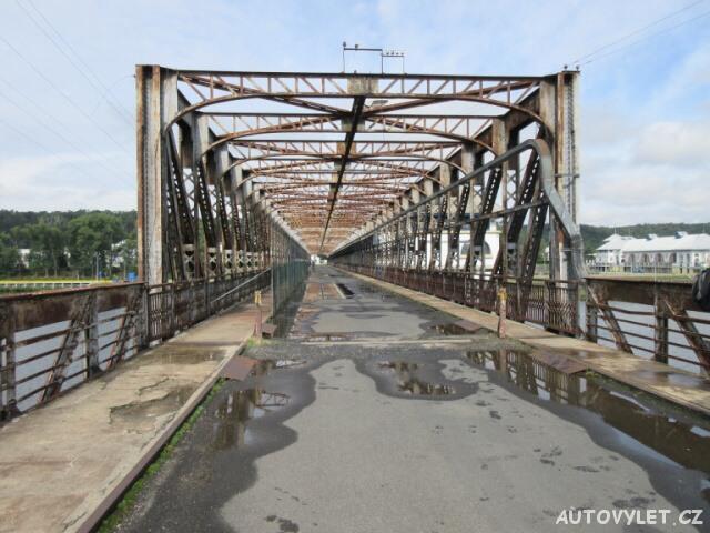 Popílkový most