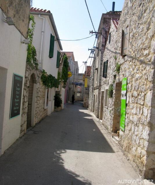 Murter Chorvatsko - ulička