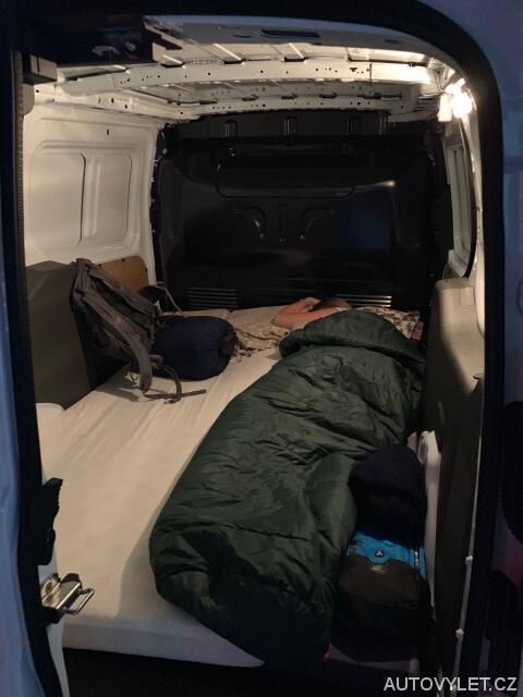 Ubytování v autě cestou do Polska