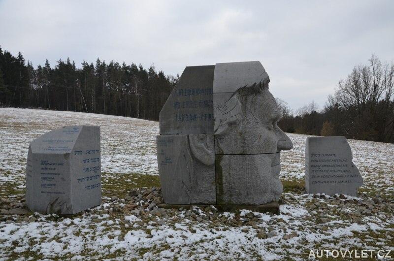 Monument Hlava XXII. - Lipnice nad Sázavou 2