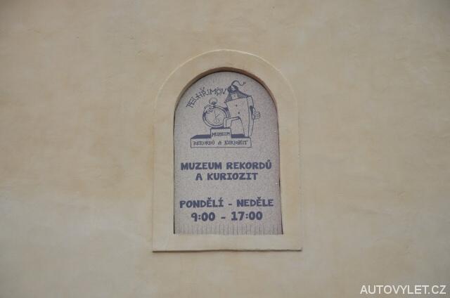 Otevírací doba - Muzeum rekordů a kuriozit Pelhřimov