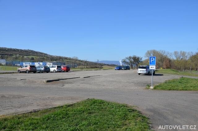 Hrobčice - parkování