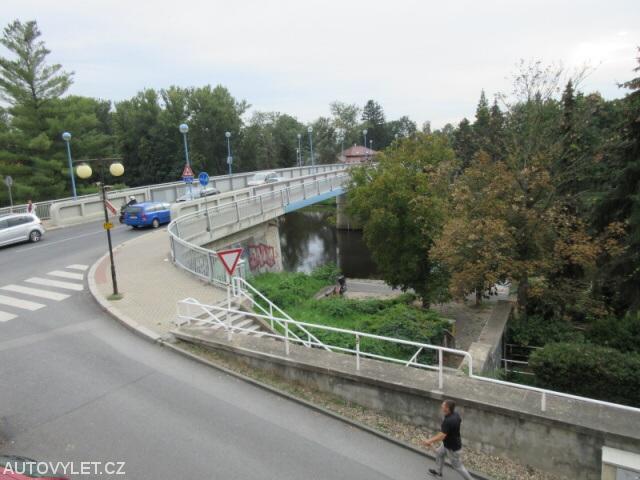 Most v Poděbradech