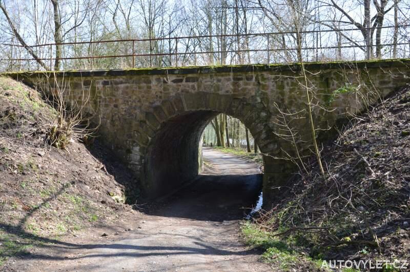 Železniční most - Kozí dráha - Chlumec