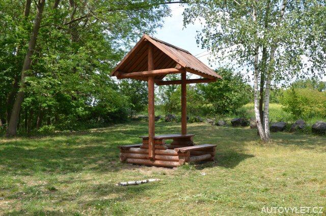 Dřevěný altán - lom Karolína Bžany