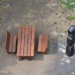 Rozhledna Malečov - posezení u sochy