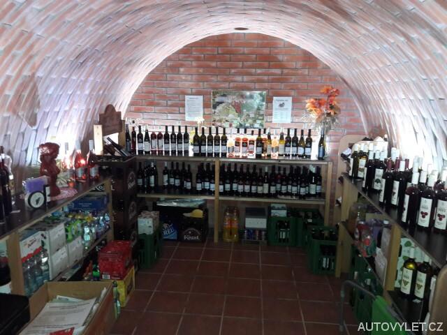 Vinařský sklípek - prodejna - Velké Pavlovice