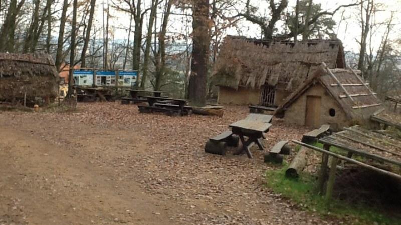 Pravěká osada - Zoo Plzeň