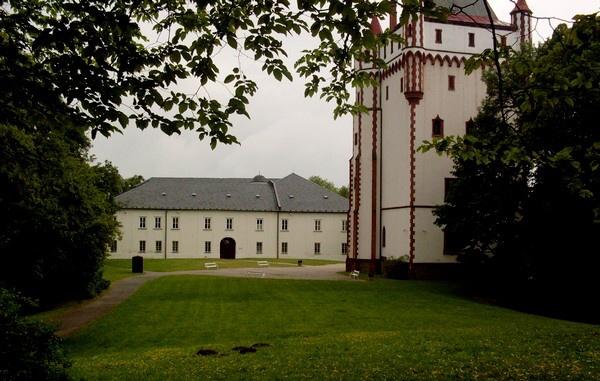Bílý zámek - Hradec nad Moravicí