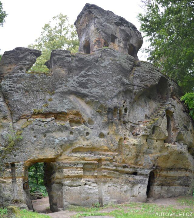 Hrad Svojkov