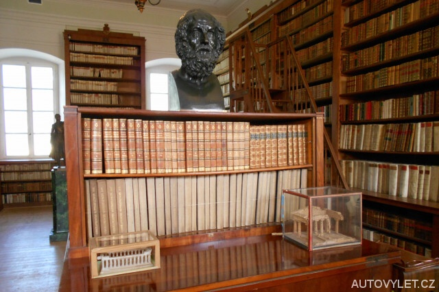 Zámecká knihovna - Kynžvart