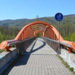 Kočičí oči - most přes dálnici D8
