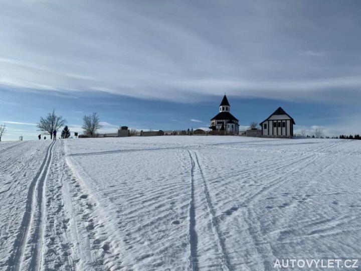 Cesta k Tesařovské kapli