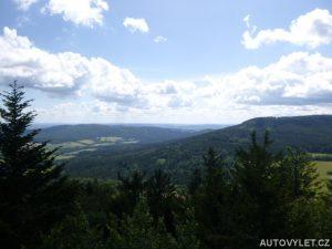 Výhled z Kraví hory v létě