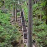 Další schody