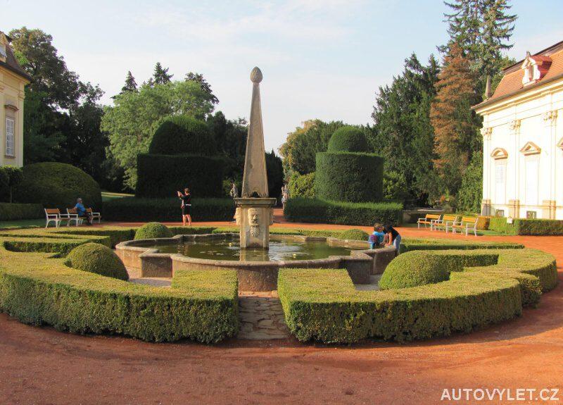 Zámek Buchlovice zahrada