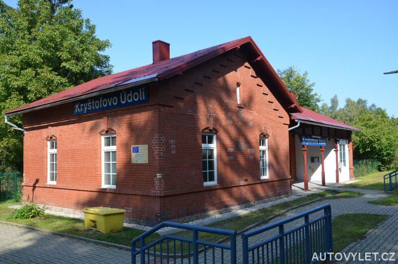 Kryštofovo údolí vlakové nádraží