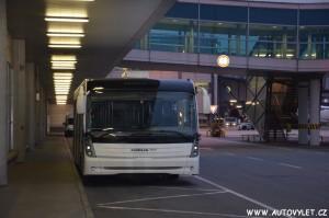 Autobus na letišti Praha