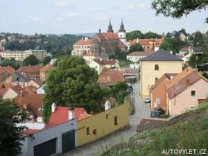 Bazilika a zámek Třřebíč