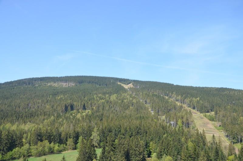 Černá hora ze Stezky v korunách stromů
