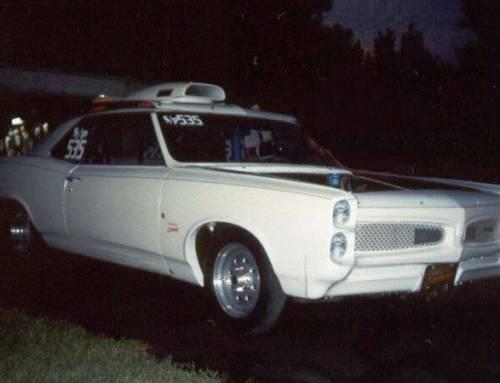 Fotky aut v Americe z roku 2001