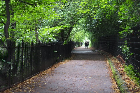 edinburgh water of leight walkway
